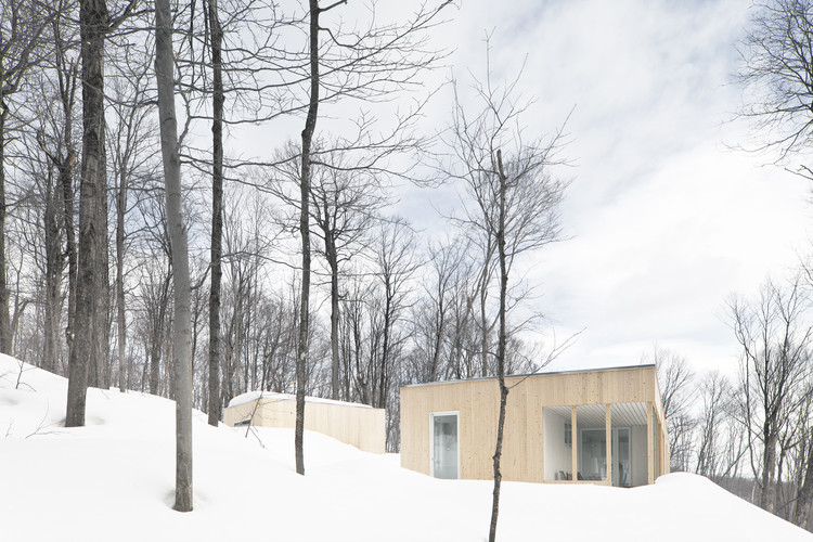 Blue Hills House / la SHED architecture, © Maxime Brouillet