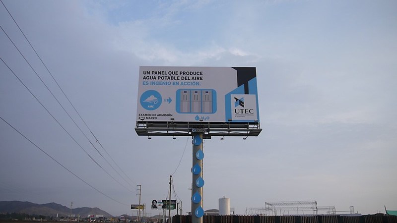"Billboard in Lima Harvests Drinking Water Out of Thin Air , The billboard reads ""A panel that produces potable water out of air is ingenuity in action."" Courtesy of UTEC."