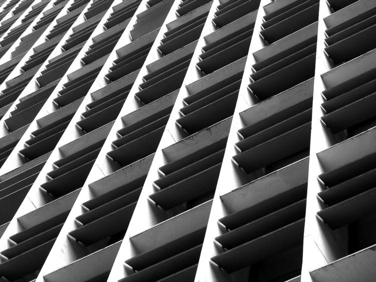 Clássicos da Arquitetura: Ministério de Educação e Saúde /  Lucio Costa e equipe, © Flickr Luis Saguar. Used under <a href='https://creativecommons.org/licenses/by-sa/2.0/'>Creative Commons</a>