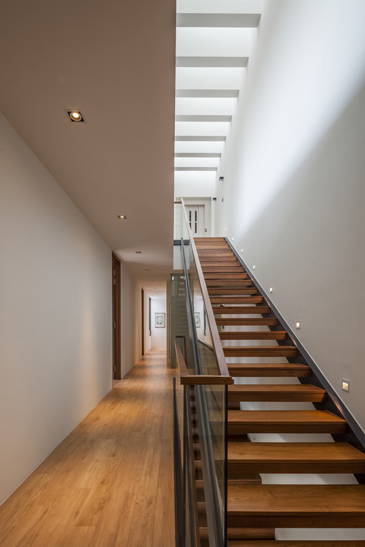 Sunny side house wallflower architecture design archdaily - Wall flower design ...