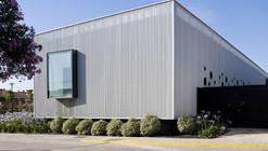 Medical Centre Cortes / Iñigo Esparza Arquitecto
