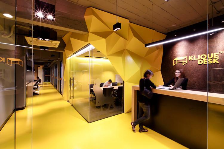 Kliquedesk / Studio of Design and Architecture  + K2design, © Ketsiree Wongwan