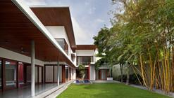 The Long House / Khosla Associates