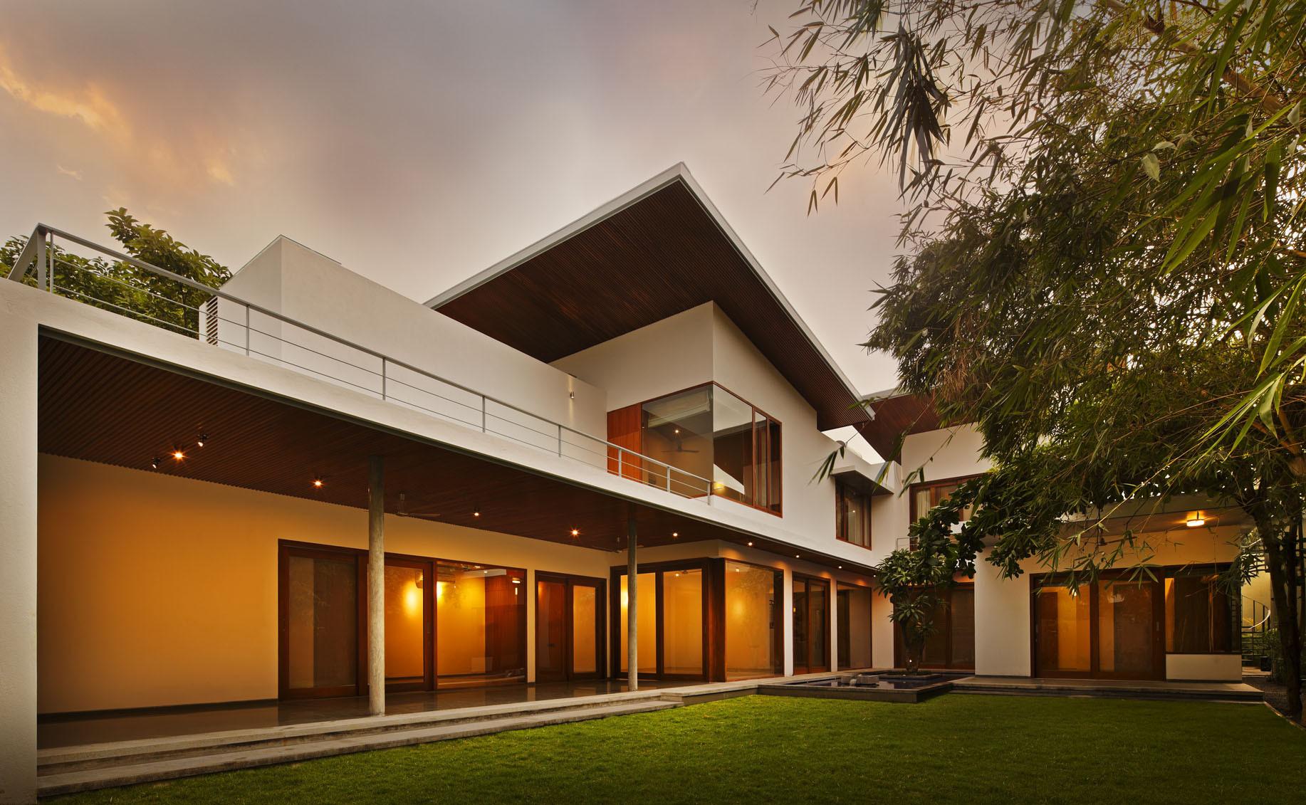 The Long House Khosla Ociates Archdaily