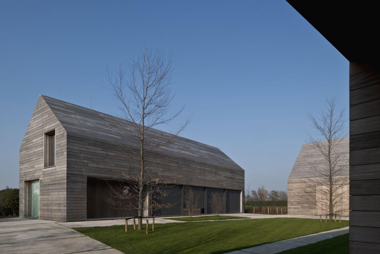 DC2 Residence / Vincent Van Duysen Architects, © Koen Van Damme