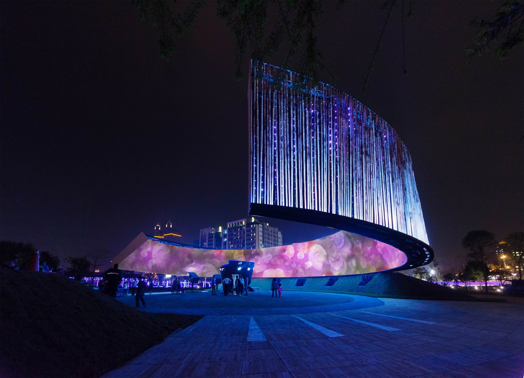 Ring celestial bliss j j pan partners archdaily for Moon architecture
