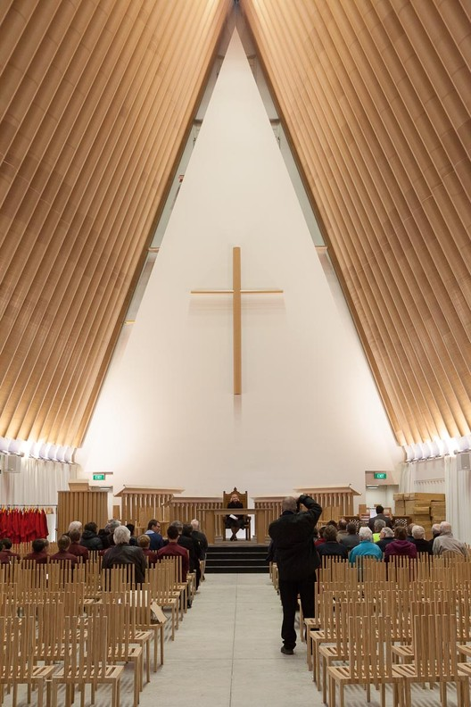 Newly Released Photos of Shigeru Ban's Cardboard Cathedral