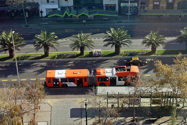Os Corredores 2.0: Como integrar o transporte público na tarefa de fazer cidades?, Transantiago via Plataforma Urbana