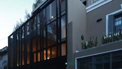 Edifício Habitacional / Ana Smud + Estudio Rietti Smud