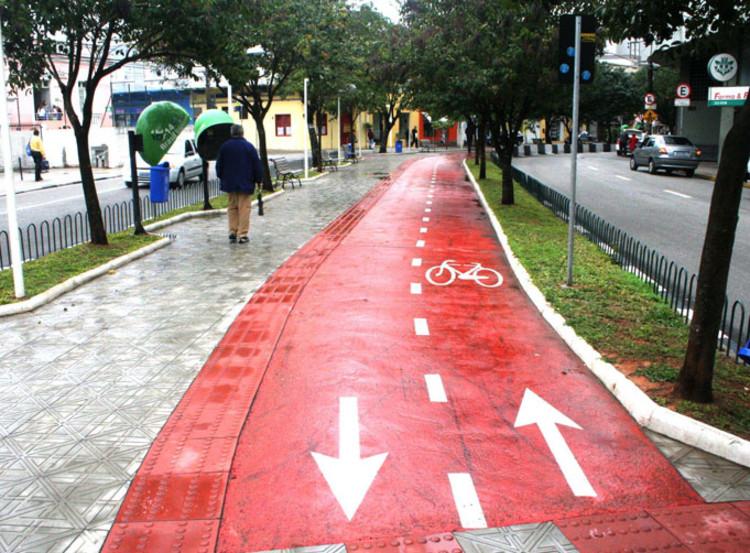 Florianópolis - SC anuncia investimentos em infraestrutura e segurança para ciclistas, Cortesia de clicrbs
