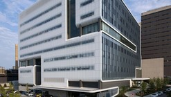 Gates Vascular Institute / Yazdani Studio of CannonDesign