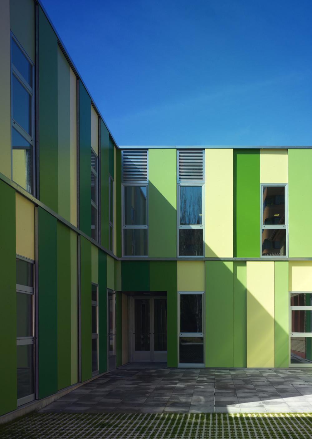 Galer a de ampliaci n del colegio de educaci n especial - Colegio arquitectos leon ...