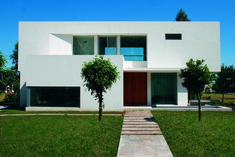 Casa MTO / Vanguarda Architects, © Luis Abregú