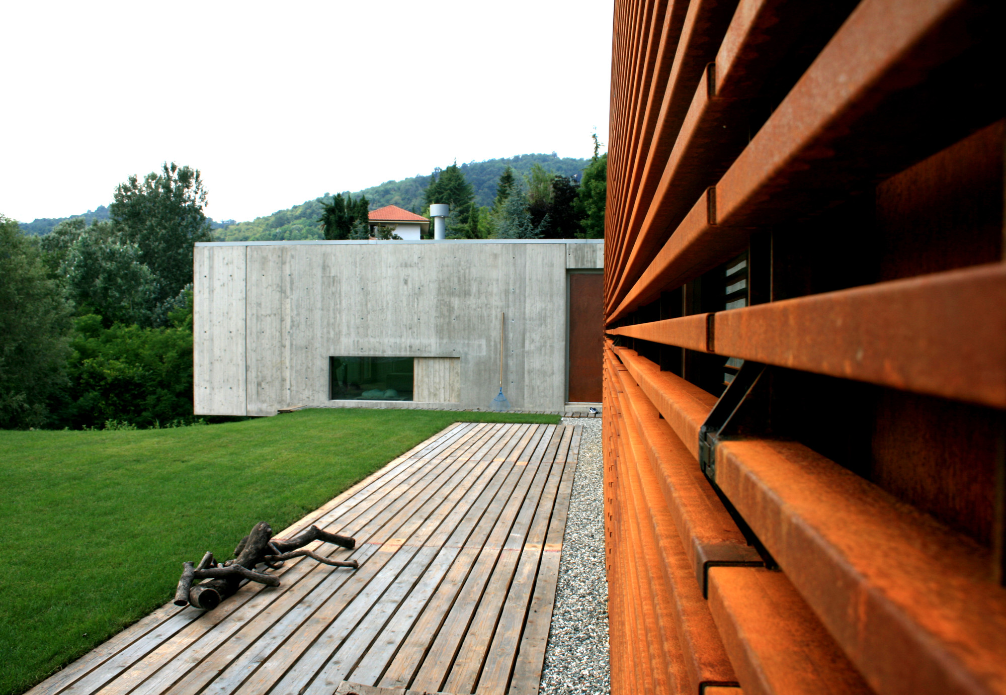 Gallery of casa y f l architetti 20 for Log casa architetti