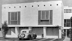 Clásicos de Arquitectura: Edificio Multifamiliar en Calle Roma / Teodoro Cron
