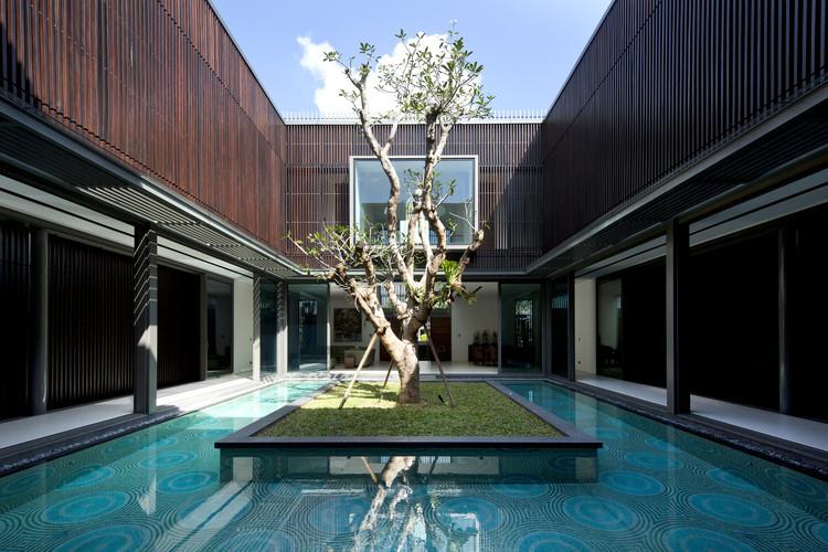 Vivienda del Árbol Centenario / Wallflower Architecture + Design, © Albert Lim
