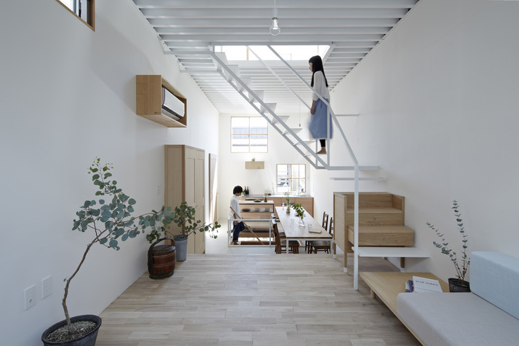Casa en Itami / Tato Architects, © Koichi Torimura