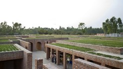 Centro de la Amistad / Kashef Mahboob Chowdhury/URBANA