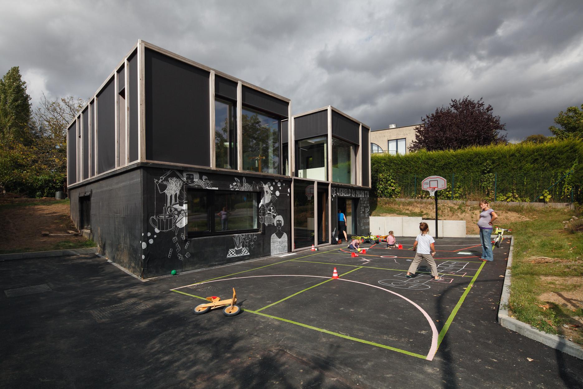 Passive House with Textile Skin / BLAF Architecten, © Stijn Bollaert