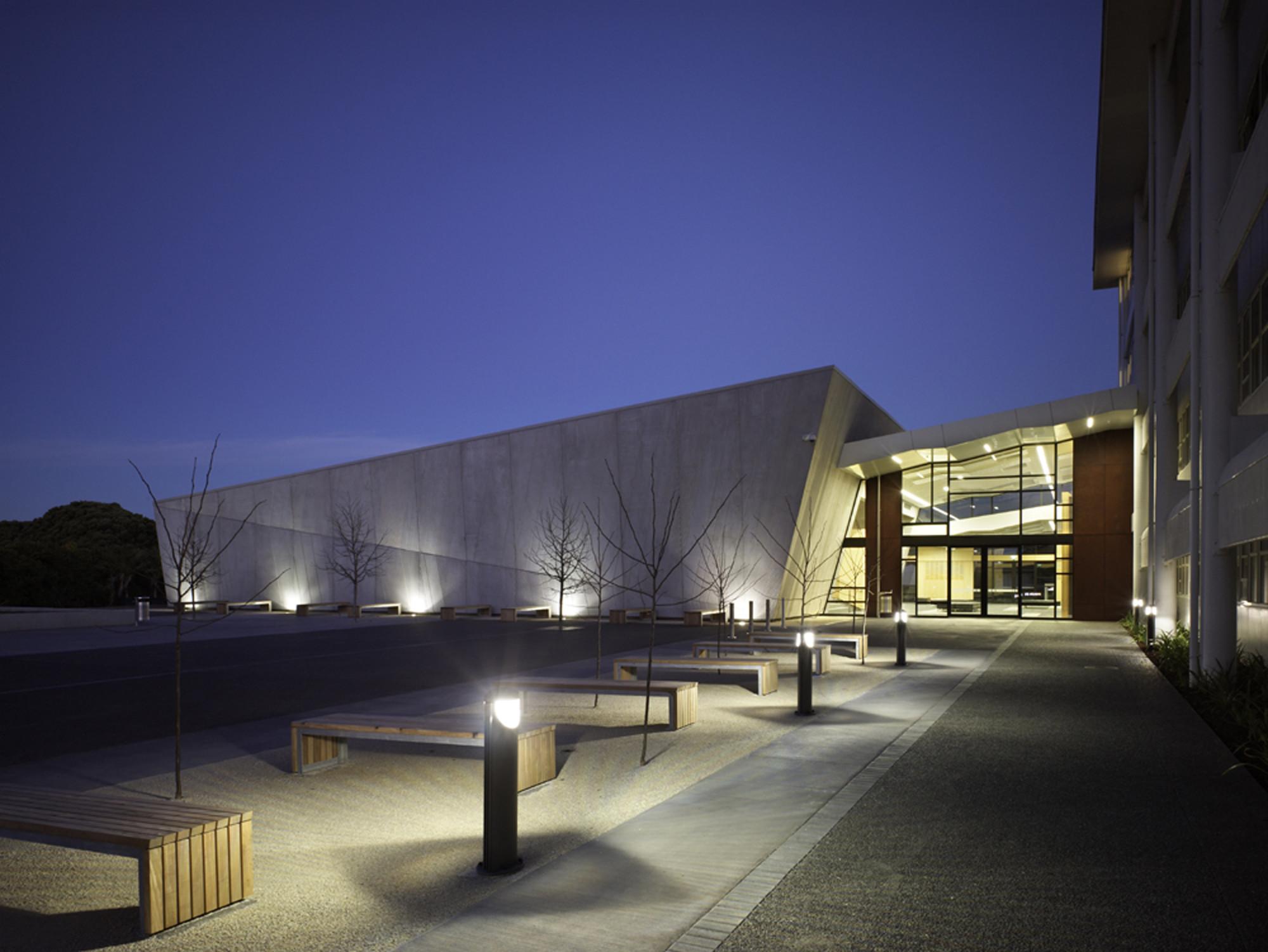 AUT Lecture Theatres / RTA Studio, © Simon Devitt