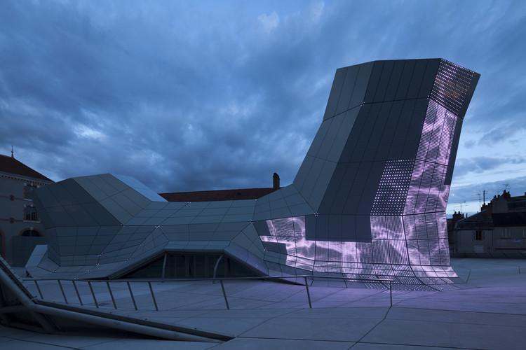 The Turbulences Frac Centre Jakob Macfarlane Architects Archdaily