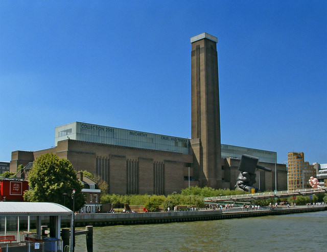 AD Classics: The Tate Modern / Herzog & de Meuron, © Wikimedia Commons