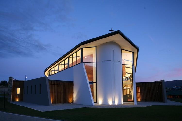 Iglesia Católica Wanaka / Sarah Scott Architects Ltd, © Tony Brunt