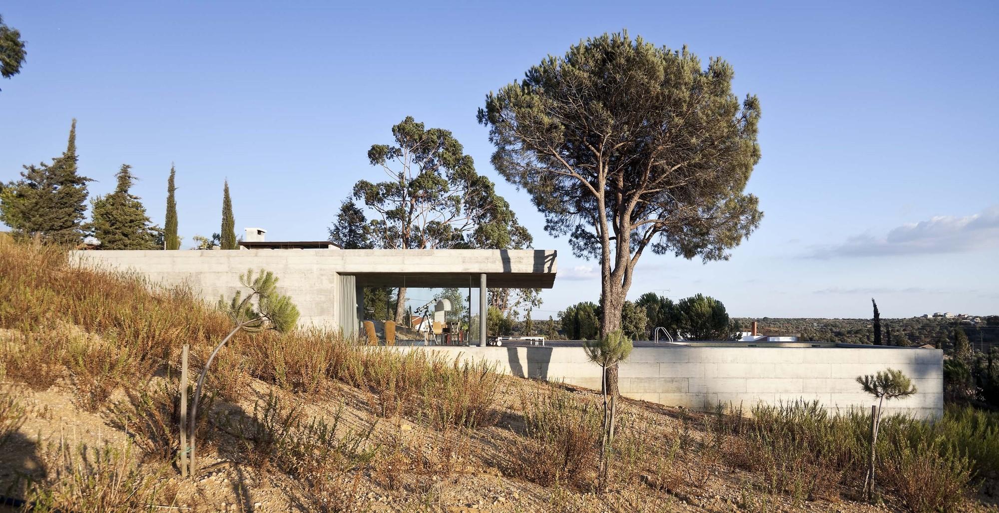 House in Pedrogão / Phyd Arquitectura, © Montserrat Zamorano