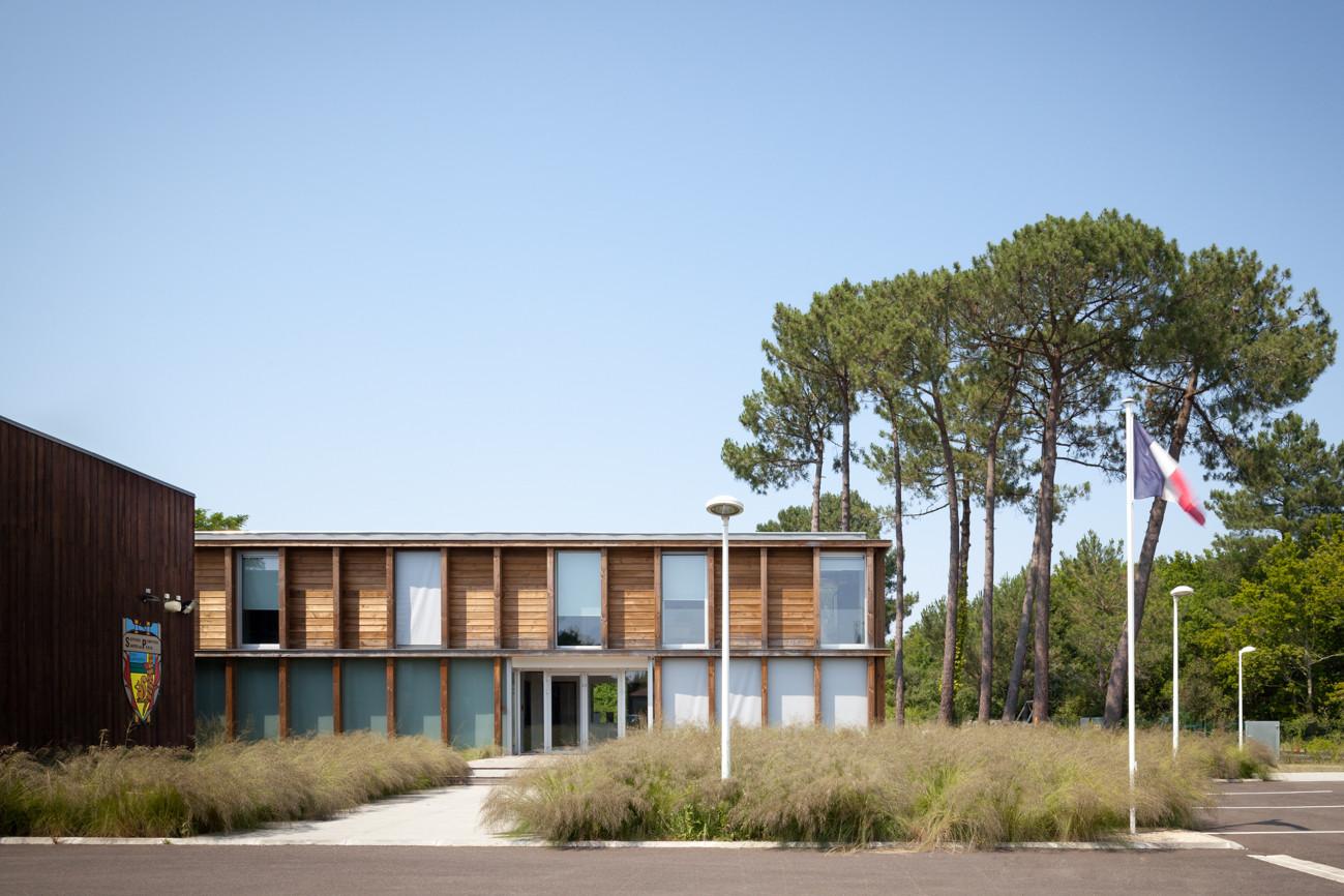 Biscarosse Emergency Centre / Debarre Duplantiers Associés Architecture & Paysage, © Yohan Zerdoun