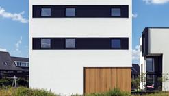 10x10x10 House / 123DV Architecture & Consult