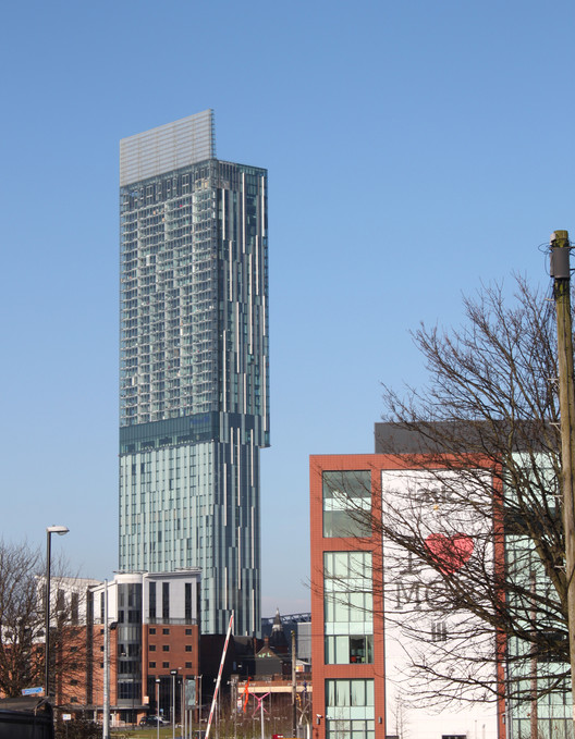 Beetham Tower / Ian Simpson Architects. Image © Arian Lehner