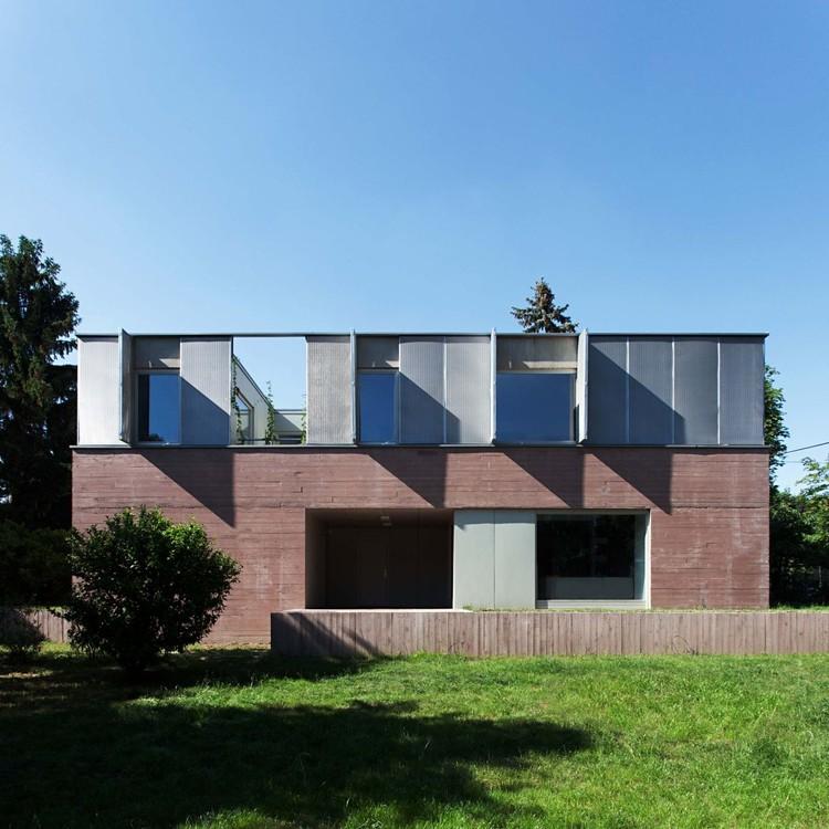Casa em Budapeste / ZSK Architects, © Tamás Bujnovszky