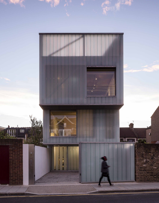 RIBA Announces 2013 Shortlist for Stephen Lawrence Prize , Slip House, London / Carl Turner Architects. Image © Tim Crocker
