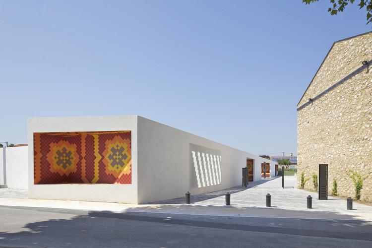 Nueva Plaza en el Centro de la Ciudad / Comac, © Philippe Ruault