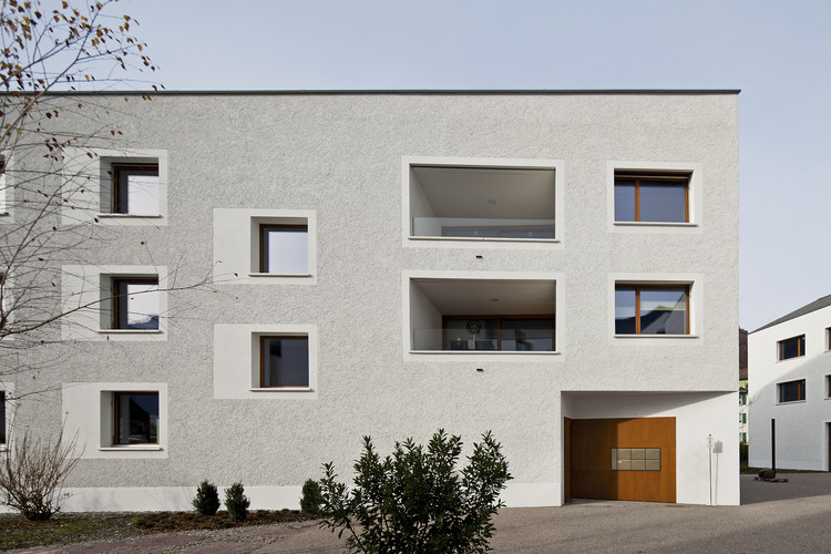 Reurbanização de Raiffeisenbank / Lussi+Halter Partner AG, © Leonardo Finotti