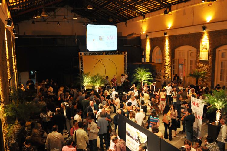 IAB-RJ abre inscrições para Prêmios de profissionais e estudantes, Fotografia do lançamento da 50ª Premiação Anual . Image Cortesia de IAB-RJ