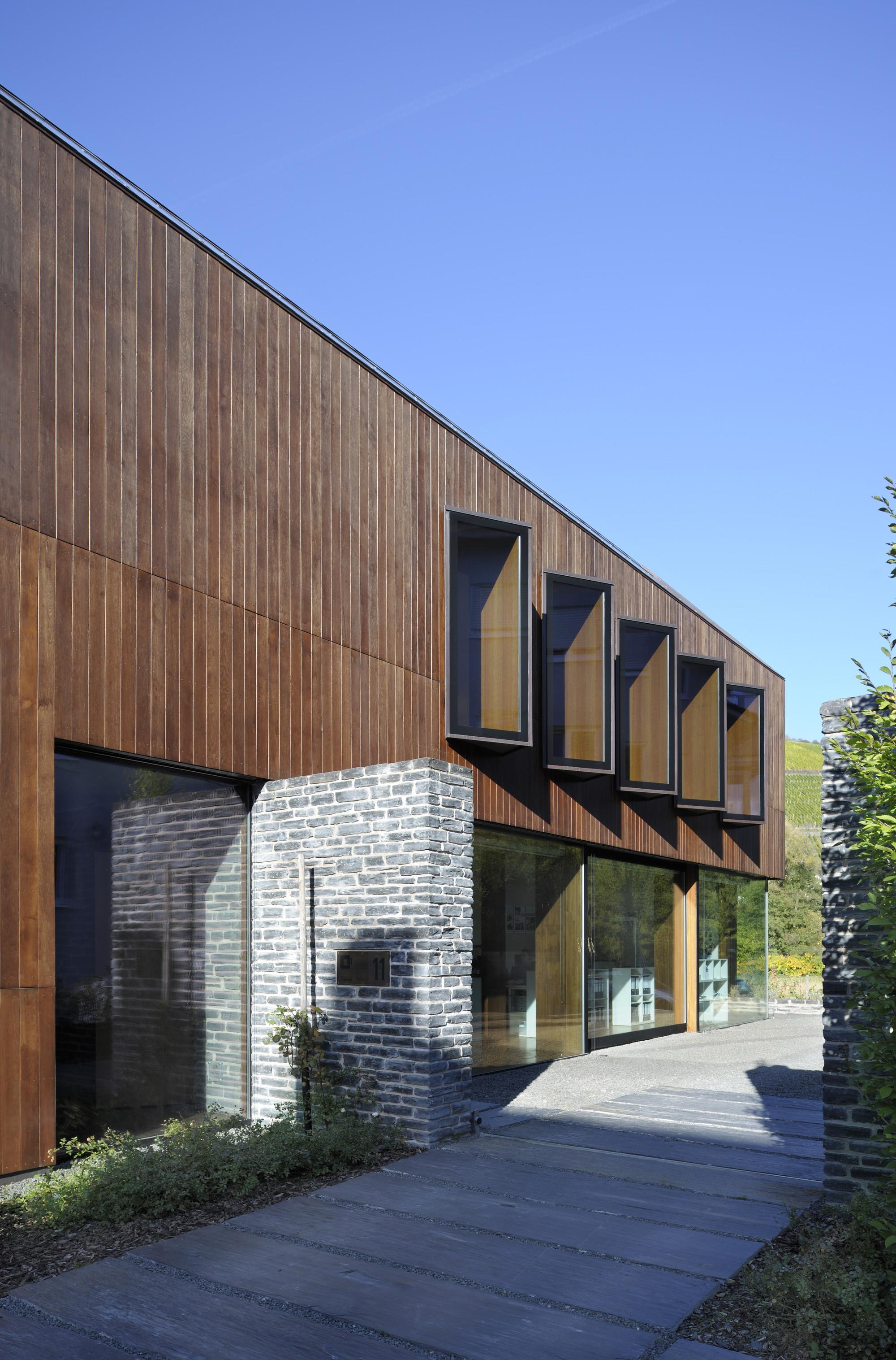 gallery of kasel architekten stein hemmes wirtz 2. Black Bedroom Furniture Sets. Home Design Ideas
