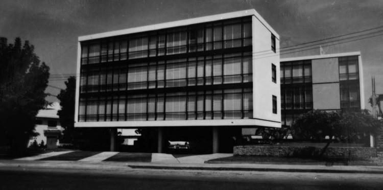 Clásicos de Arquitectura: Edificio Real / Manuel Villarán Freire, Cortesía de La Forma Moderna Latinoamericana