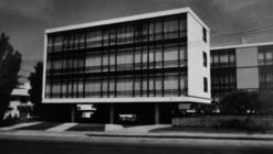 Clásicos de Arquitectura: Edificio Real / Manuel Villarán Freire