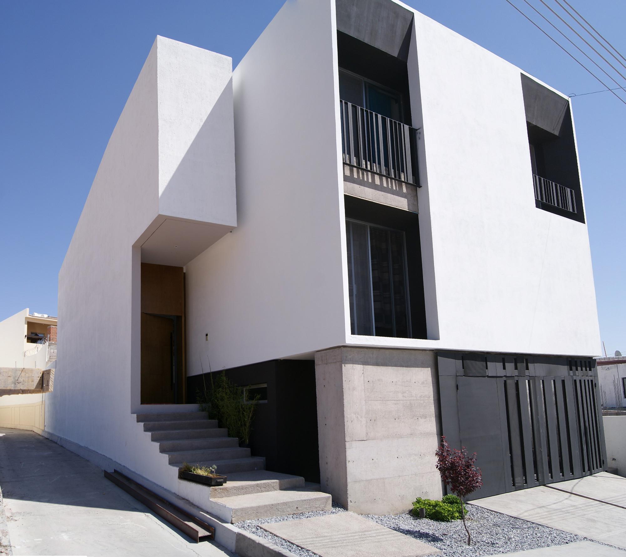 MG-Ch House / Tmv Arquitectura + Francisco Montes Villa, © Ivan Minjarez