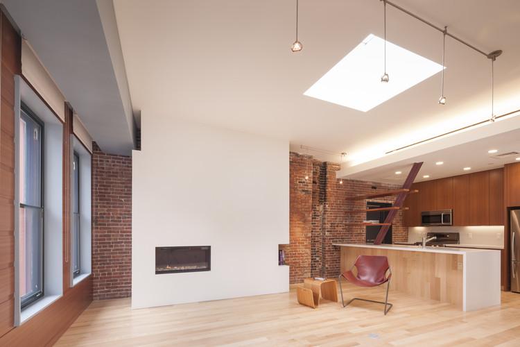 Edifício Hayden / CUBE Design + Research, Cortesia de CUBE Design + Research