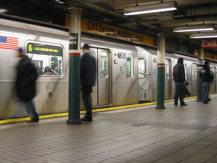 100 formas de melhorar o metrô de Nova Iorque, Cortesia de improvesubway.tumblr.com