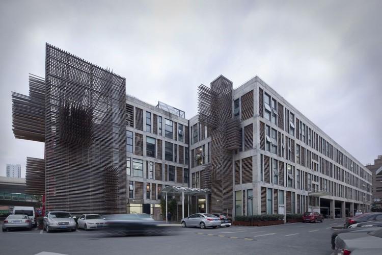 Red Wall / 3Gatti Architecture Studio, © Shen Qiang & Daniele Mattioli