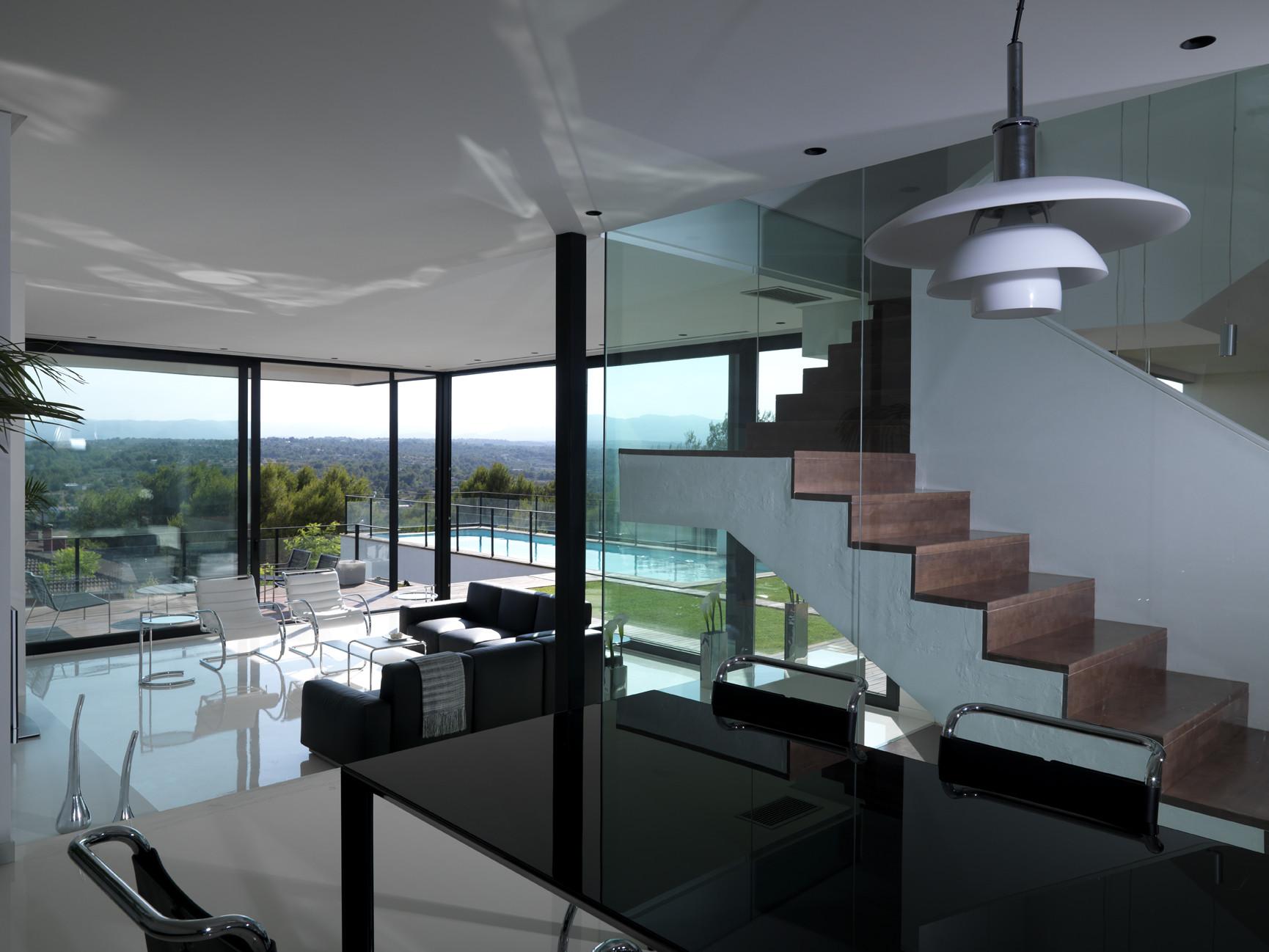 Galeria de casa time ladaa 13 for Interior house designs black and white