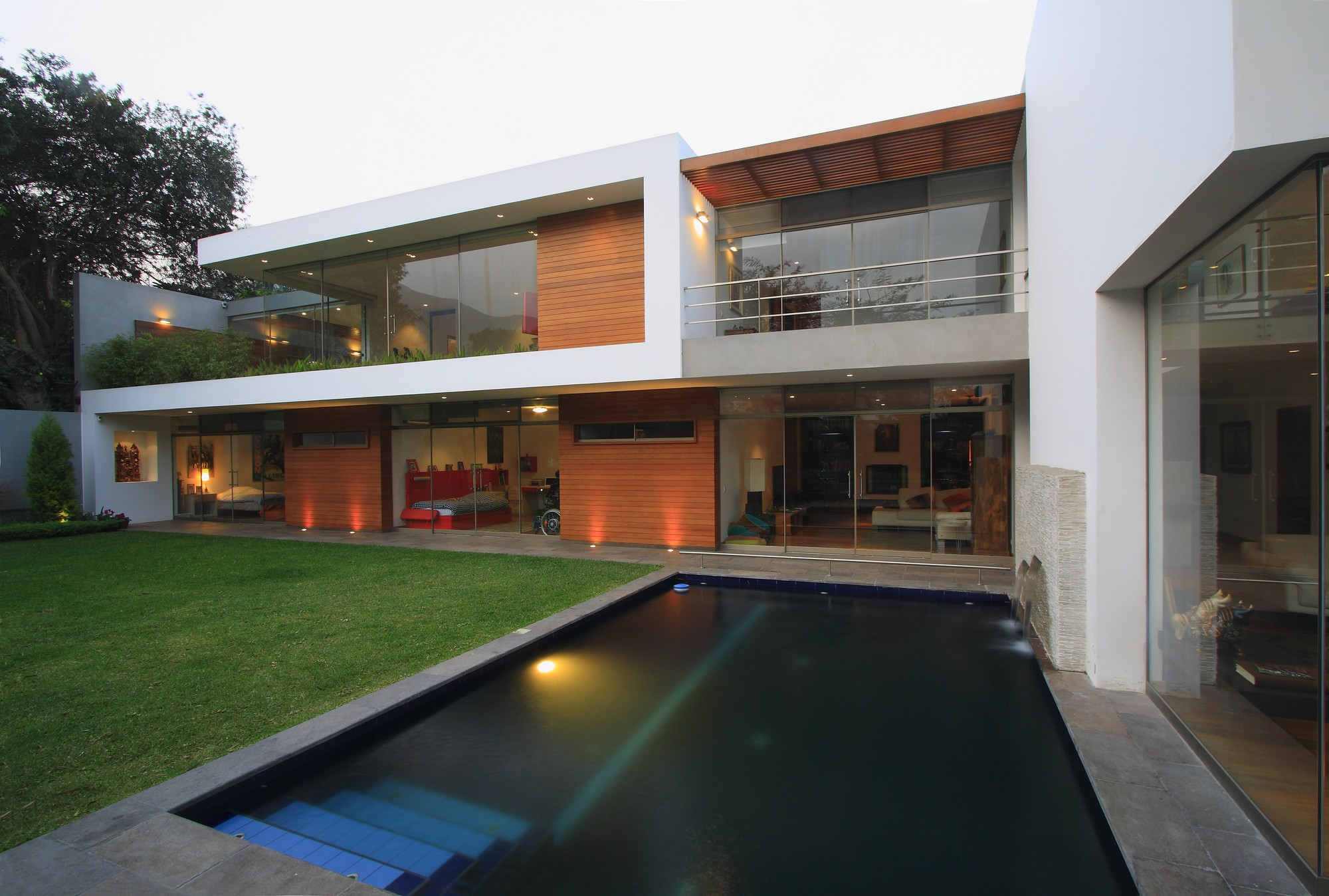 Cachalotes House / Oscar Gonzalez Moix, © Juan Solano Ojasi