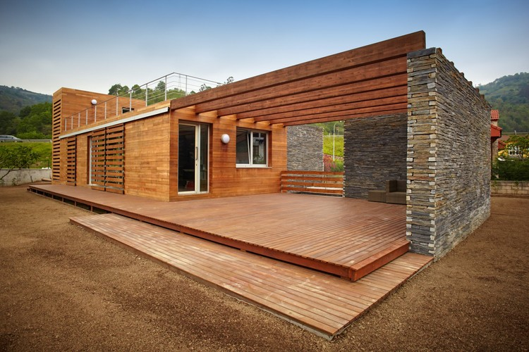 Casa em La Pereda / Zwei Estudio Creativo, © Javier Granda