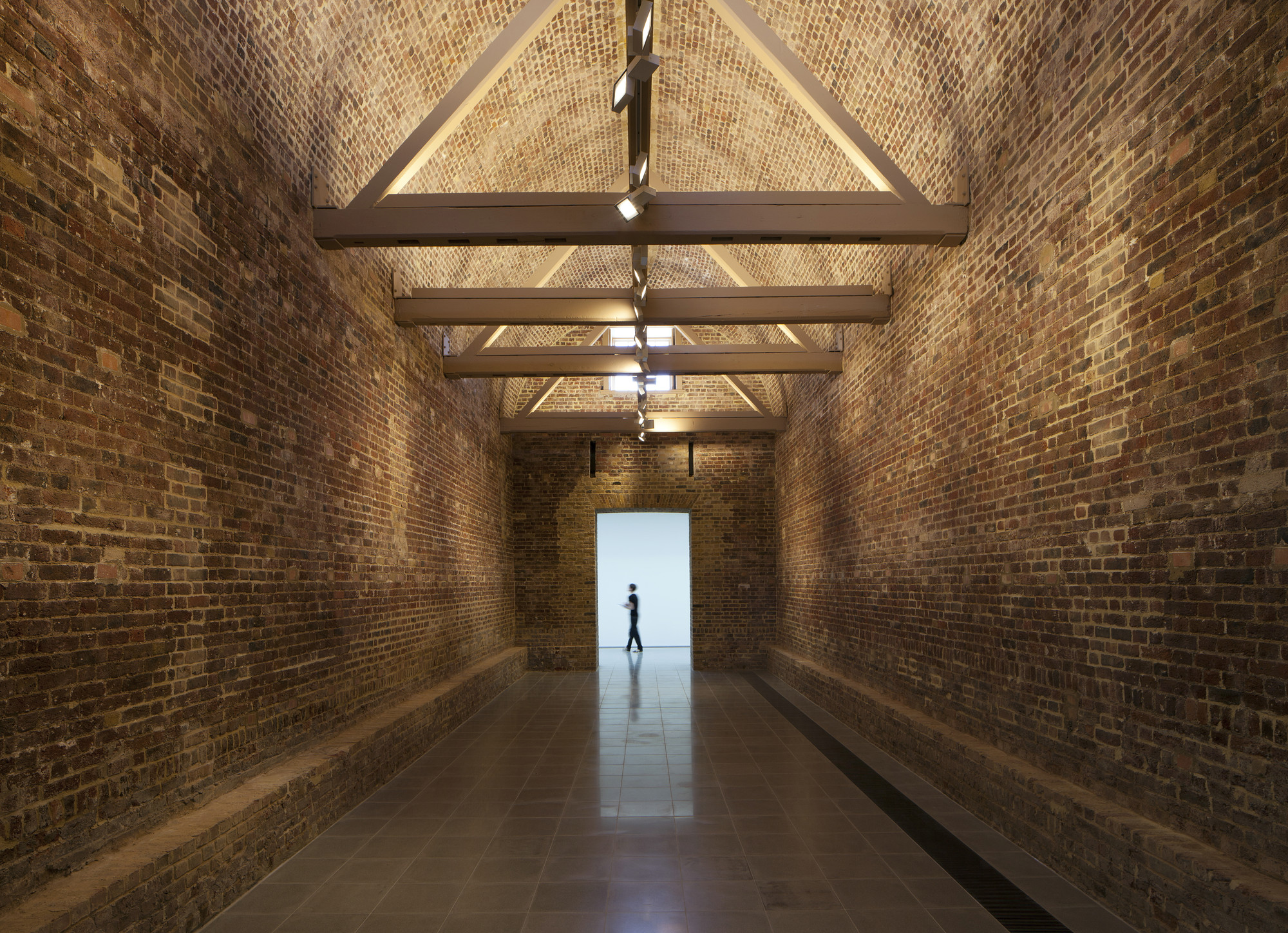 Gallery of The Serpentine Sackler Gallery / Zaha Hadid ...