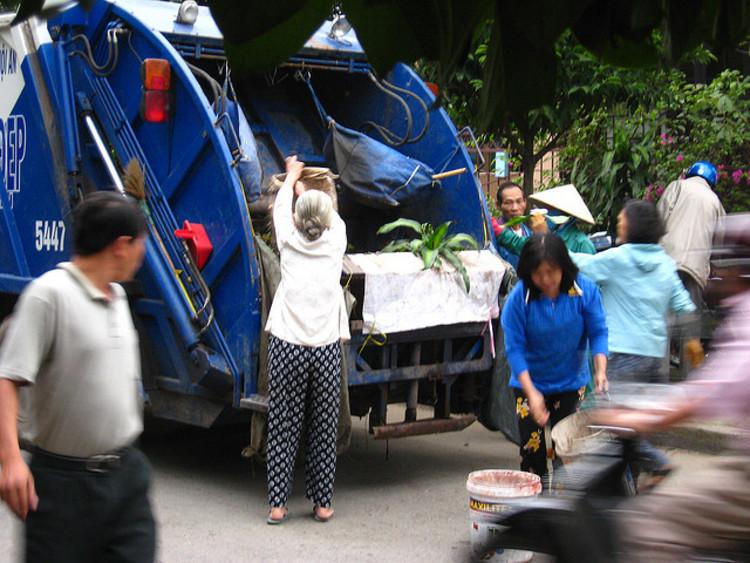 Revitalização urbana através do manejo sustentável do lixo, © holacomovai, Flickr