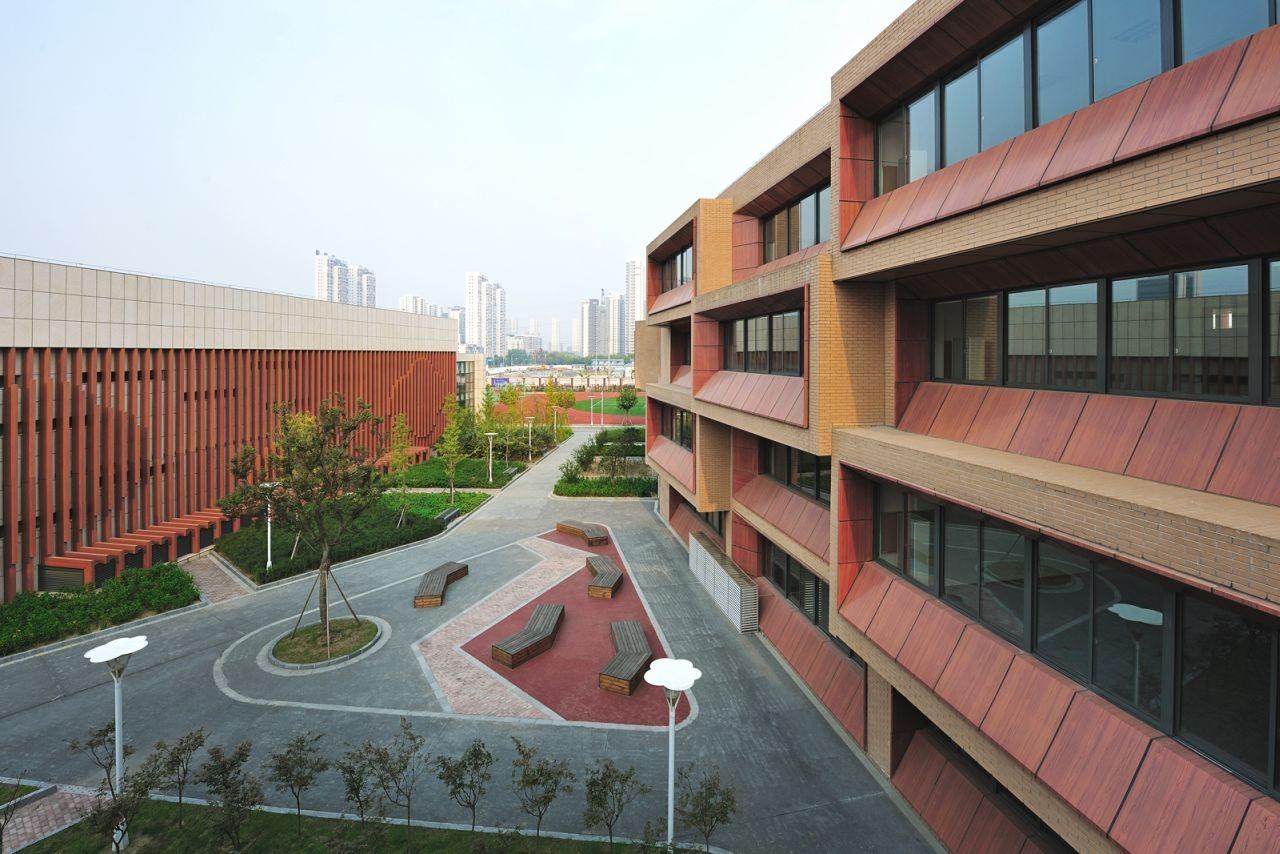Taihu New Town Primary School / MINAX, © Lu Zhigang