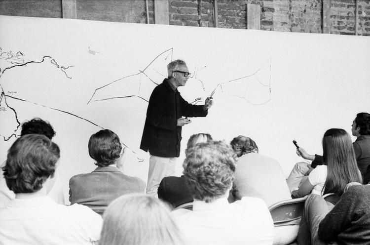 La Entrega de Alberto Cruz Covarrubias (1917-2013), © Flickr: Archivo Histórico José Vial